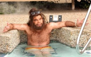 caveman-on-vacation-320x202