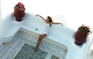 10-Relaxing-in-Mykonos-320x202