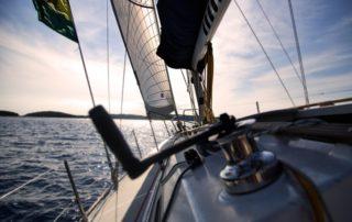 sailboat-1867124_640-320x202
