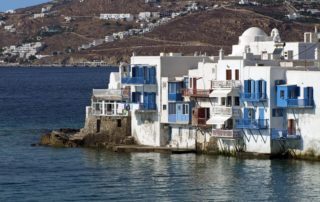 mykonos-greece-romance-320x202