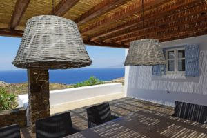 Mykonos-villa-with-private-pool-for-rent-2-300x200