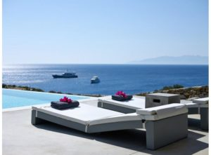 mykonos-villas-with-4-bedrooms-1-300x221