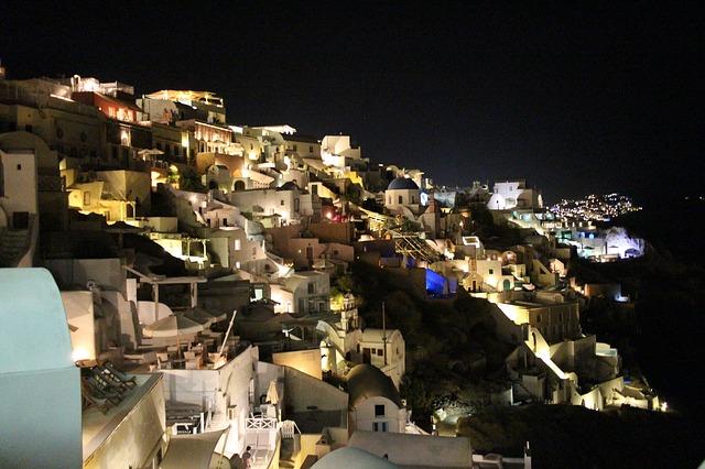 nightlife in Santorini